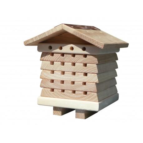 Domek dla dzikich pszczół samotnic
