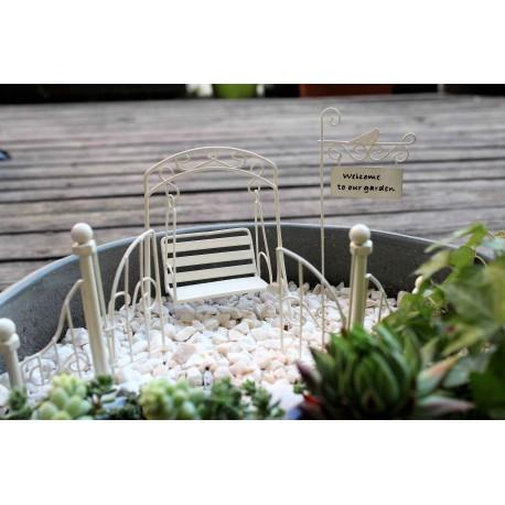Mini ogródek zestaw zdobiona brama, huśtawka tabliczka ogrodowa na piku