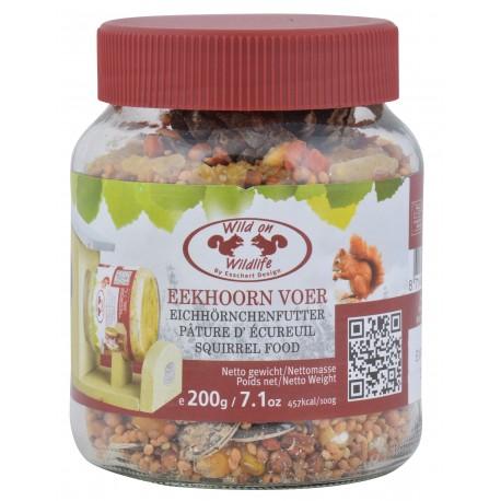 Pokarm dla wiewiórek - mieszanka orzechów i nasion