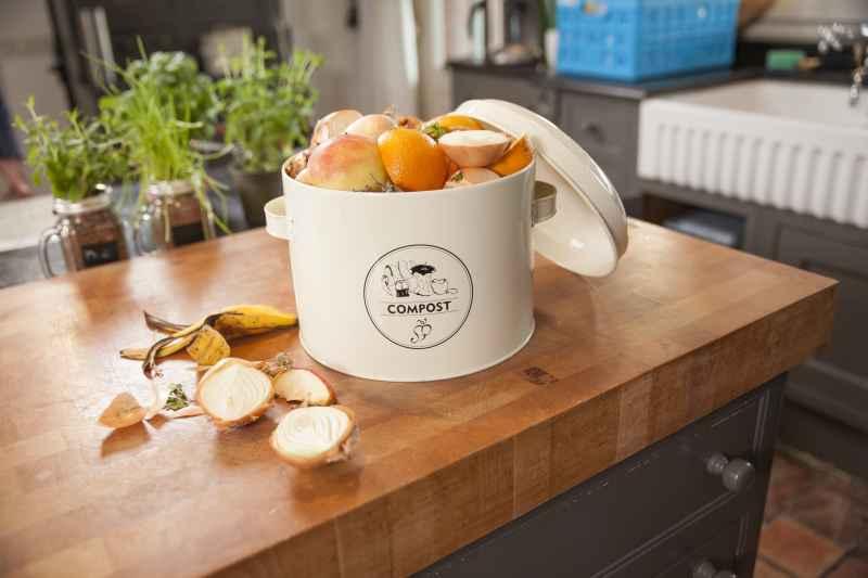 Kuchenny kompostownik pozwoli na bezproblemowy recykling resztek kuchennych